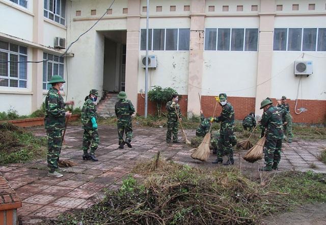 """Lắp đặt bệnh viện dã chiến 300 giường ở """"ổ dịch"""" Vĩnh Phúc - 2"""