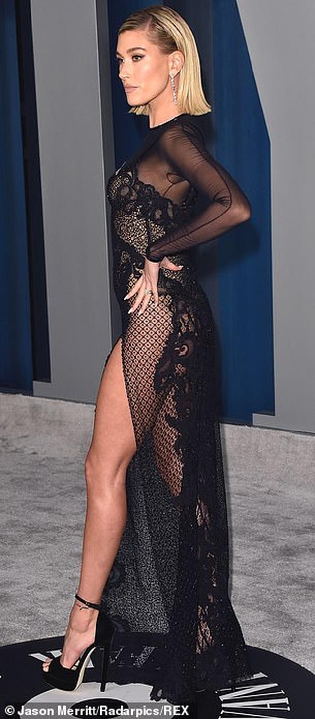 Vợ Justin Bieber khoe dáng nuột nà tại tiệc Oscar - 6