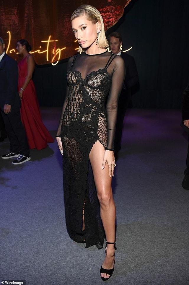 Vợ Justin Bieber khoe dáng nuột nà tại tiệc Oscar - 4