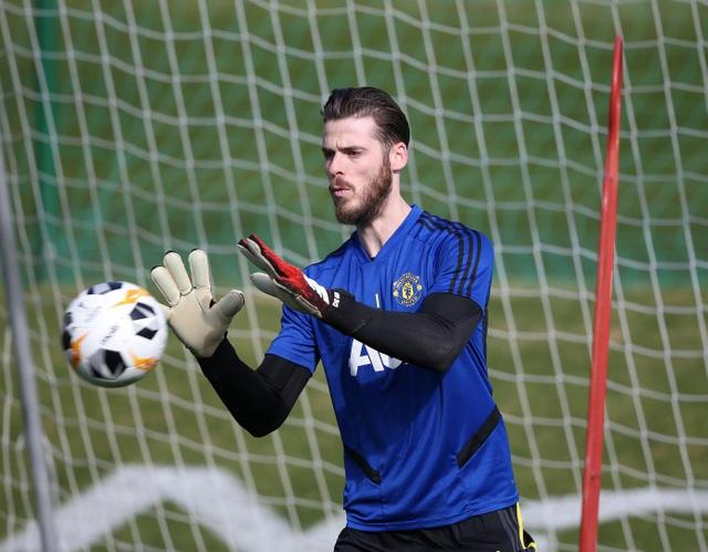 Man Utd có buổi tập đầu tiên tại Tây Ban Nha - 5