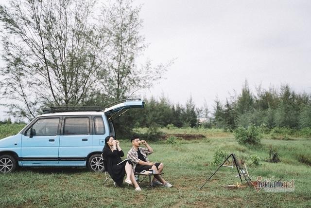 Sắm ô tô 90 triệu đi du Xuân, bí quyết hạnh phúc của đôi vợ chồng trẻ - 6
