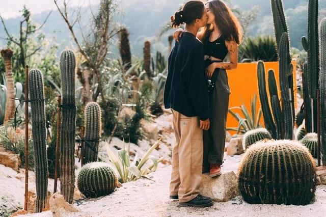 Bộ ảnh đong đầy trải nghiệm tình yêu của cặp đôi cá tính - 2