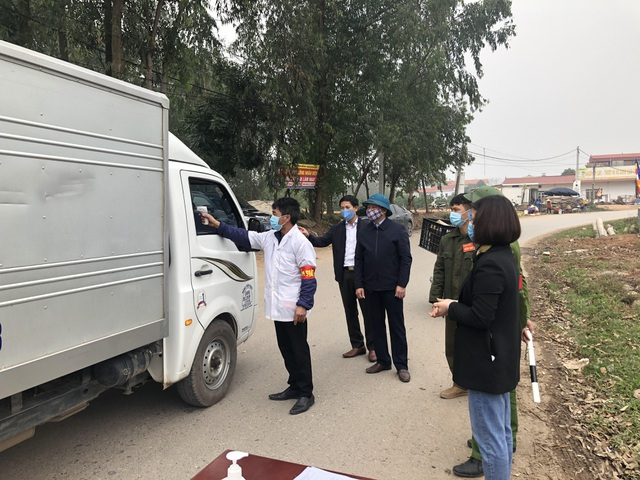 """Vĩnh Phúc lập 8 chốt kiểm soát tại """"tâm dịch"""" corona Bình Xuyên - 2"""