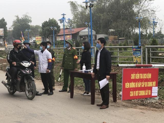 """Vĩnh Phúc lập 8 chốt kiểm soát tại """"tâm dịch"""" corona Bình Xuyên - 1"""