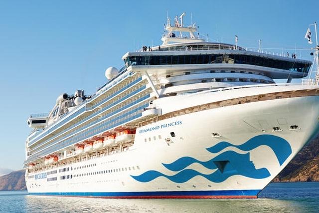 """454 khách trên siêu du thuyền chứa """"ổ dịch"""" Corona đã tham quan Huế - 1"""