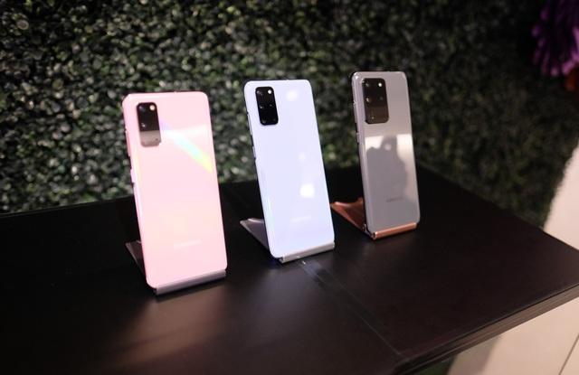 Cận cảnh bộ 3 smartphone Galaxy S20: Nâng cấp ấn tượng về camera - 2