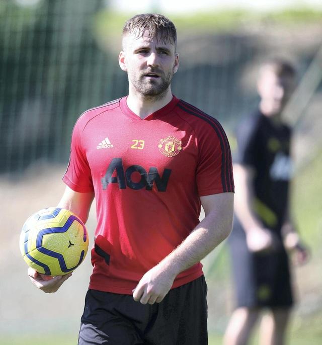 """Man Utd tiếp tục """"luyện công"""" dưới nắng ấm ở Marbella - 5"""