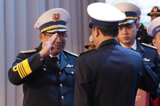 Quân chủng Hải quân: Tuyên dương quân nhân chuyên nghiệp - 12