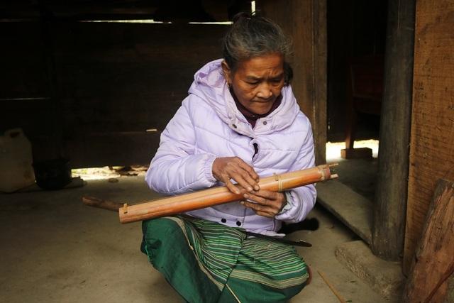 Độc đáo cây đàn của người Mã Liềng dành riêng cho phụ nữ - 2