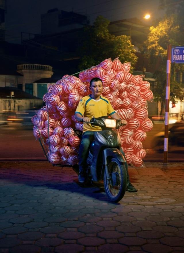 """Bộ ảnh """"Bikes of Hanoi"""" tranh tài tại giải ảnh quốc tế - 6"""