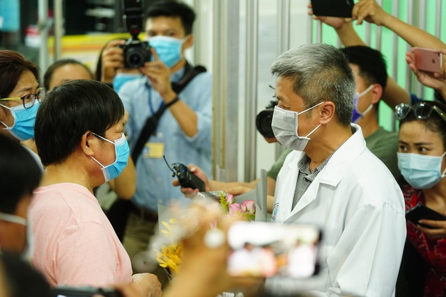 """Bệnh nhân corona Trung Quốc: """"Tôi may mắn khi phát hiện bệnh ở Việt Nam"""" - 6"""