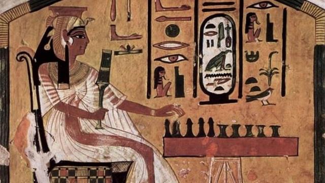 """Tìm thấy bảng """"trò chơi tử thần"""" cổ xưa của người Ai Cập cổ đại - 1"""