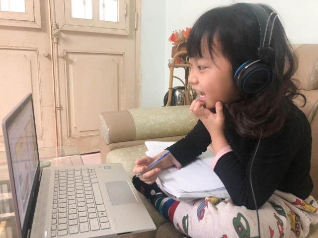 Đồng hành cùng học sinh trong đại dịch Corona, Sunshine Maple Bear tổ chức dạy trực tuyến cho học sinh tại nhà - 1
