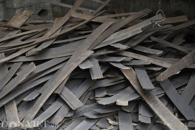 Làng nghề sản xuất dao có thể thái được thịt đóng đá ở Cao Bằng - 4