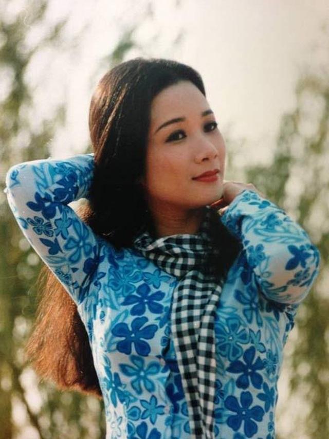 Hé lộ ảnh tuổi đôi mươi xinh như mộng của nghệ sĩ Thanh Thanh Hiền - 5