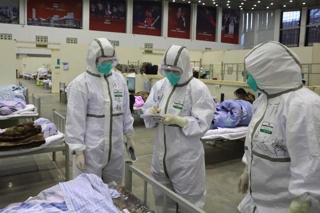 Ít nhất 500 nhân viên y tế Vũ Hán nhiễm virus corona - 1