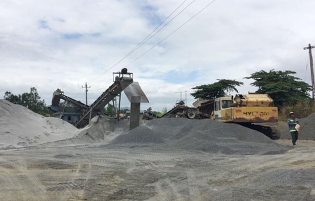 Một doanh nghiệp bị phạt hơn nửa tỷ đồng vì khai thác khoáng sản không phép - 1