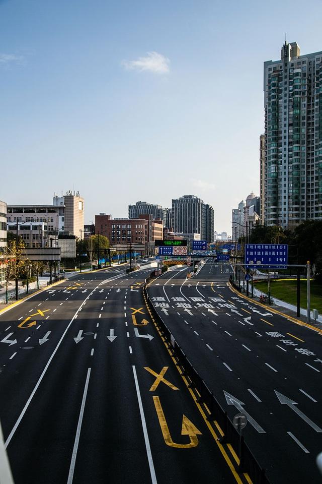 Bộ ảnh thành phố ma của nhiếp ảnh gia người Mỹ mắc kẹt tại Trung Quốc - 7