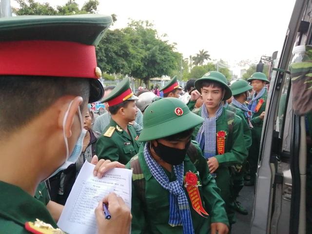Tổng Tham mưu trưởng động viên tân binh lên đường nhập ngũ - 4