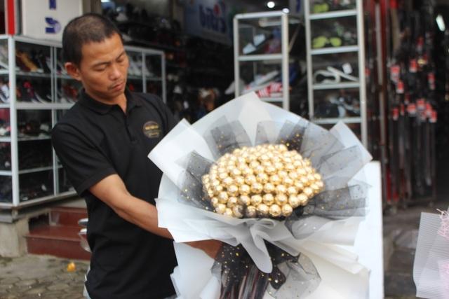 Lo sợ virus Corona, các shop hoa giảm nhập hồng ngoại - 8