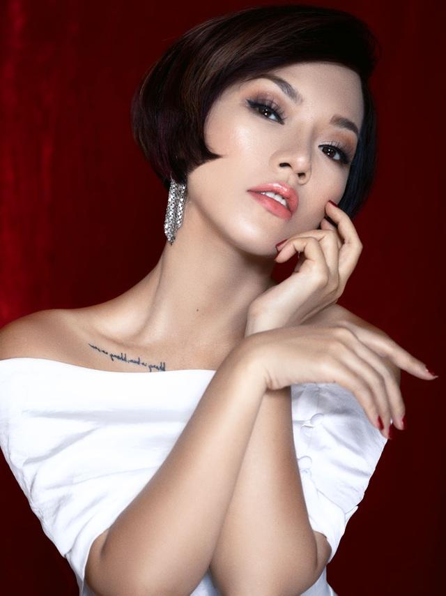 """Thái Thùy Linh: """"Tôi chưa bao giờ phải """"nhốt"""" con trong nhà lâu như thế"""" - 4"""