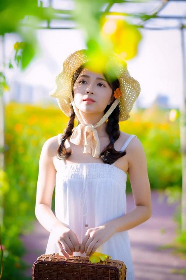 """Nữ sinh Hà thành """"gieo thương nhớ"""" với góc nghiêng xinh đẹp - 2"""