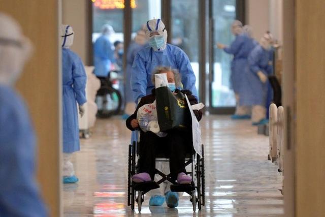 Vì sao số người nhiễm virus corona ở Trung Quốc tăng vọt? - 1