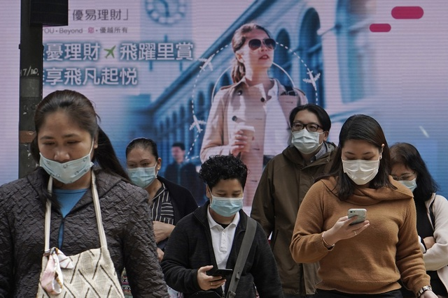 Hong Kong phát tiền cho người dân ứng phó dịch corona - 1