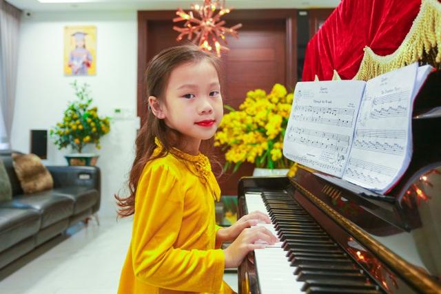 Cặp vợ chồng trẻ ở Hưng Yên bỏ phố, về quê làm biệt thự vườn đẹp hiếm có - 4