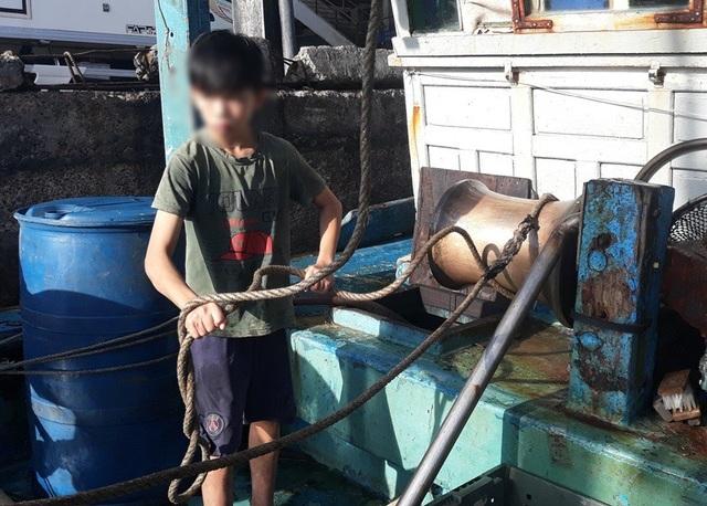 """Bình Định: Ngư dân """"đỏ mắt"""" tìm bạn thuyền vươn khơi - 5"""