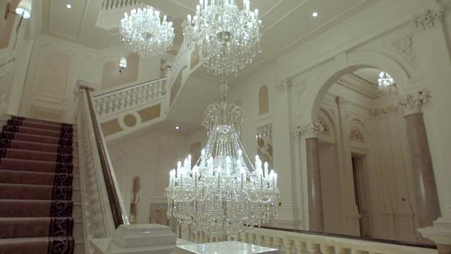 Ngắm nhìn một trong những ngôi nhà đắt nhất nước Anh trị giá 85 triệu USD - 9