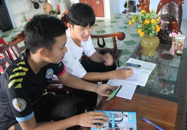 Học sinh vùng quê thích thú với lớp học trực tuyến giữa mùa dịch - 6