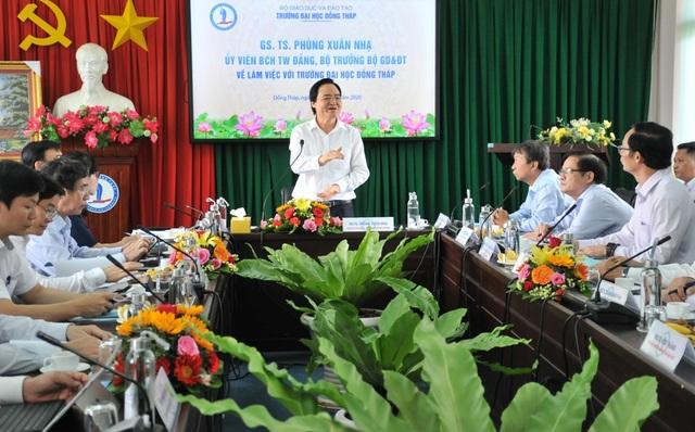 Bộ trưởng Phùng Xuân Nhạ: Chủ động trong chuyên môn, không lơ là chống dịch  - 6