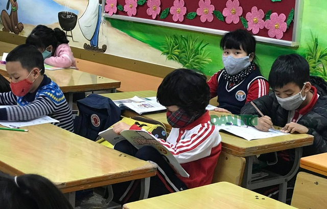 """Bộ trưởng Phùng Xuân Nhạ: """"Sẽ lùi thời điểm kết thúc năm học"""" - 1"""