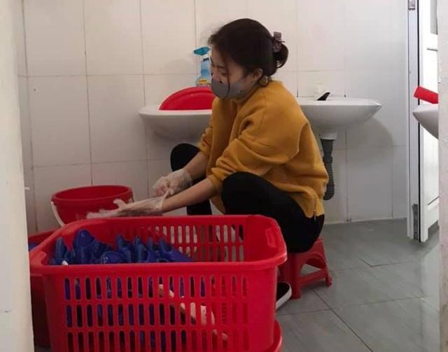 Thanh Hóa: Các trường phun khử trùng lần 2, dọn vệ sinh để đón HS trở lại - 6