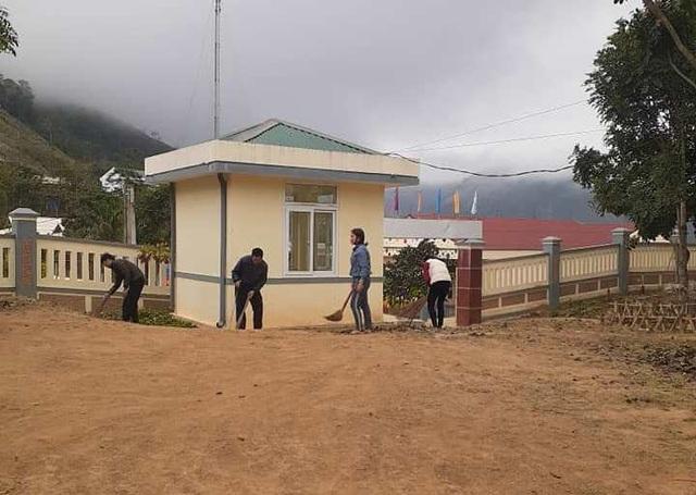Thanh Hóa: Các trường phun khử trùng lần 2, dọn vệ sinh để đón HS trở lại - 10