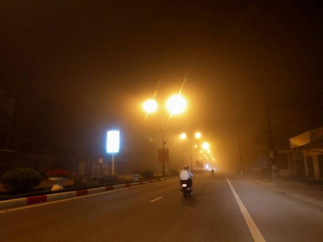 Cảnh báo tai nạn giao thông do sương mù dày đặc kéo dài - 5