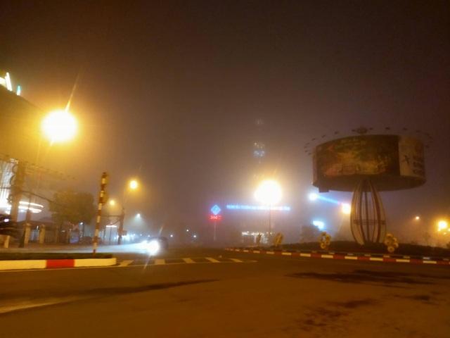 Cảnh báo tai nạn giao thông do sương mù dày đặc kéo dài - 7