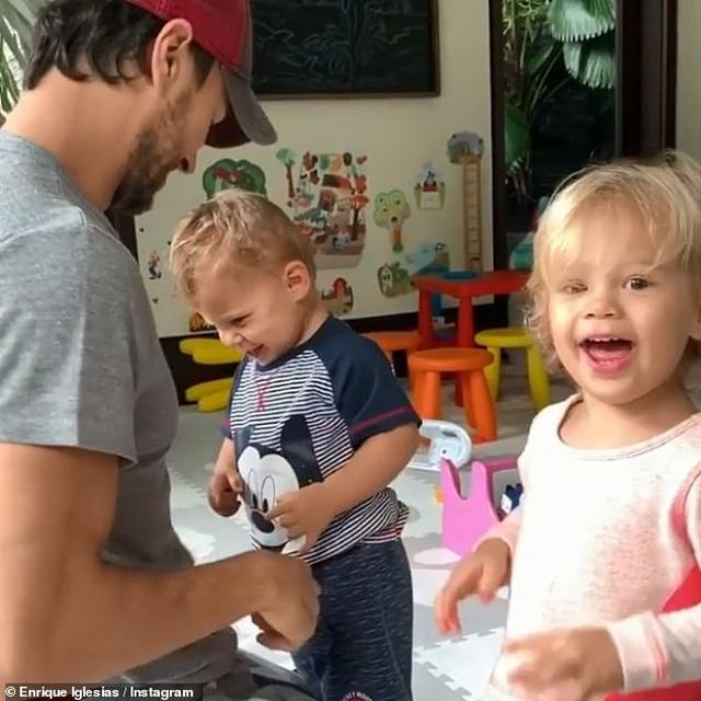 Enrique Iglesias và Anna Kournikova bí mật đón đứa con thứ ba - 9