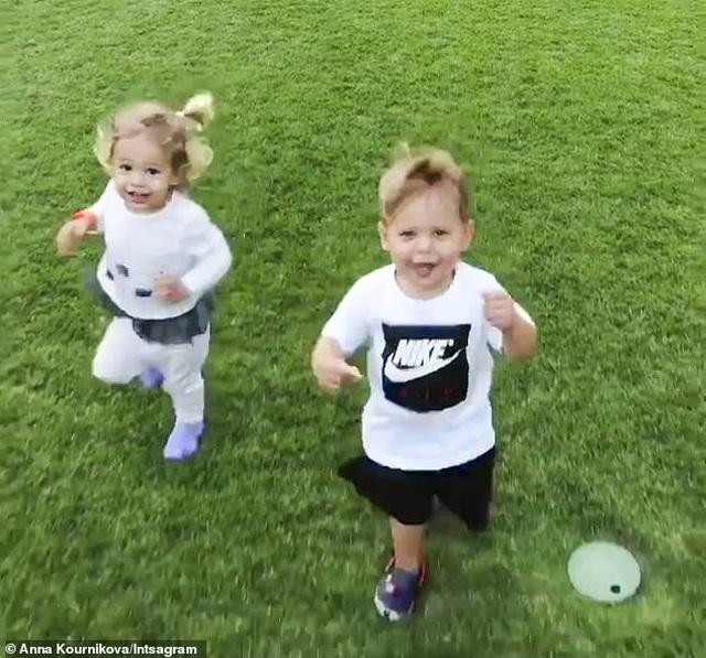 Enrique Iglesias và Anna Kournikova bí mật đón đứa con thứ ba - 8
