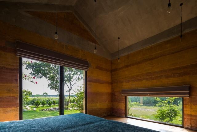 Biệt thự ở Hà Nội gây ngỡ ngàng khi trồng cả vườn cây ăn quả trên mái nhà - 3