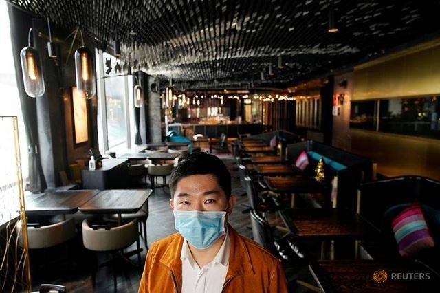 Nhà hàng không bóng khách, vắng như chùa bà Đanh dịp Valentine - 1