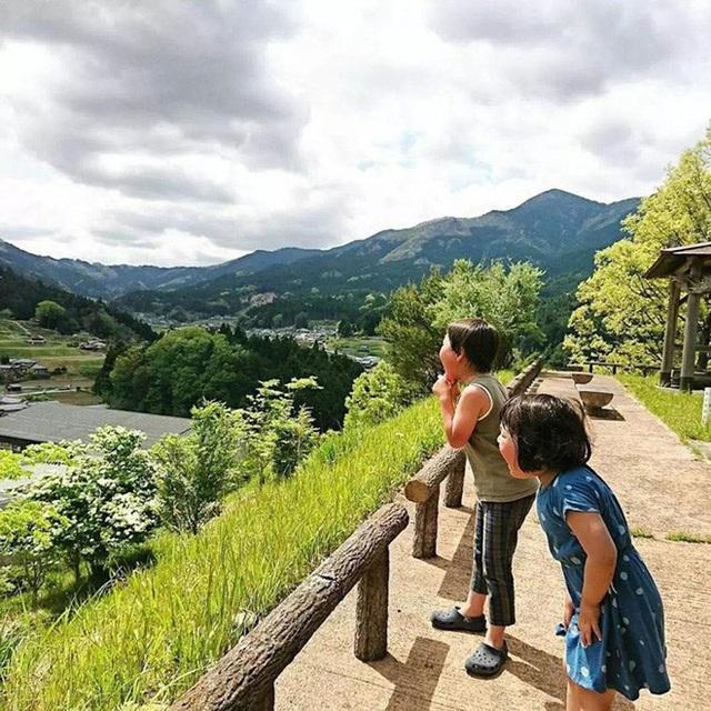 Cuộc sống bình yên như bước ra từ cổ tích của cặp vợ chồng người Nhật - 10
