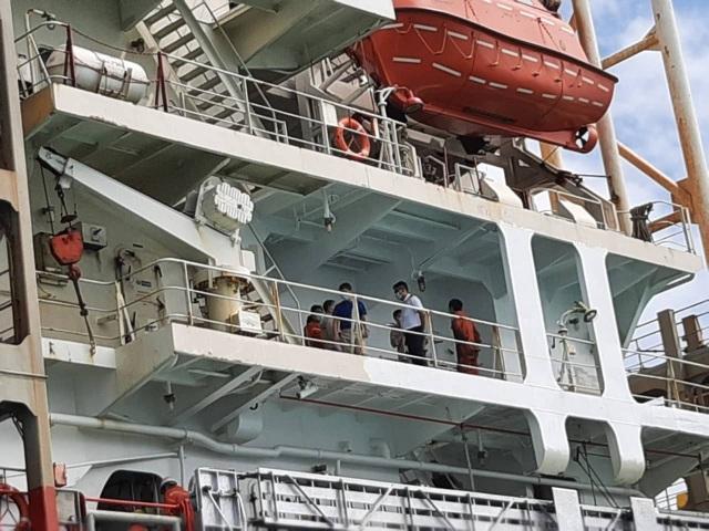 Cách ly con tàu từ vùng dịch corona Trung Quốc cập cảng Nhà Bè - 2