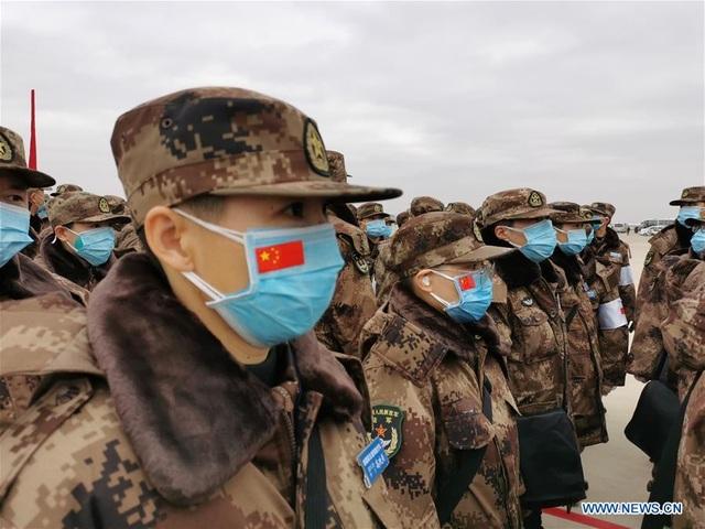 """Trung Quốc điều 11 máy bay quân sự chở hàng nghìn quân y """"giải cứu"""" Vũ Hán - 7"""