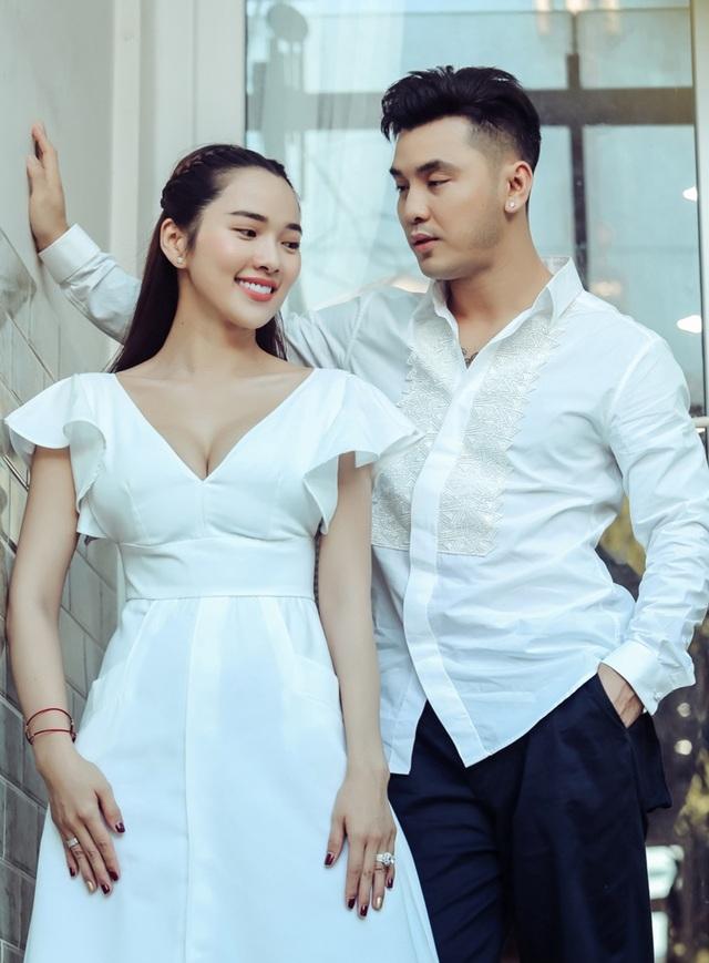 """Vợ chồng Ưng Hoàng Phúc chia sẻ cách """"giữ lửa"""" của tình yêu - 2"""