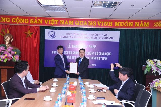 VNPT là đơn vị đầu tiên được cấp phép lần 3 cung cấp dịch vụ Chữ ký số VNPT-CA - 1