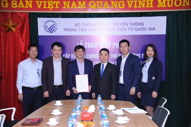 VNPT là đơn vị đầu tiên được cấp phép lần 3 cung cấp dịch vụ Chữ ký số VNPT-CA - 2