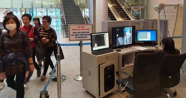 Nữ hành khách về từ Trung Quốc lọt qua nhiều nơi trước khi được cách ly - 1