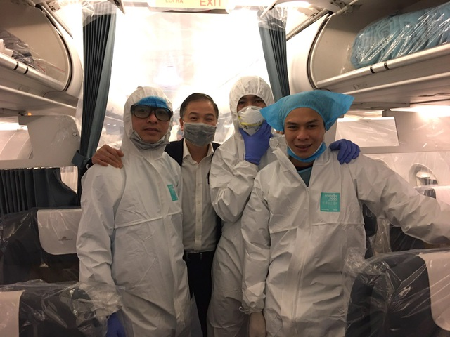 Điều chưa tiết lộ trên chuyến bay đưa người Việt từ Vũ Hán về nước - 2